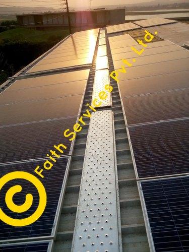 Anti-Skid Solar Walkway Plank